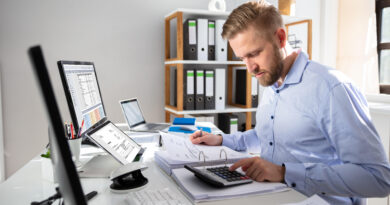 What problems can be solved by implementing lease administration software?